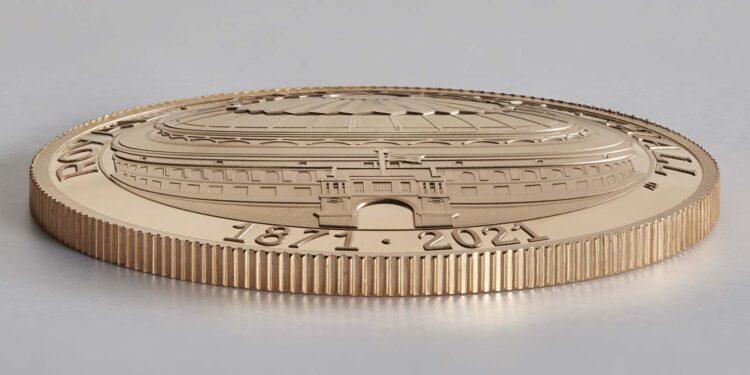 Reverso convexo de la moneda de oro dedicada al 150 aniversario del Royal Albert Hall