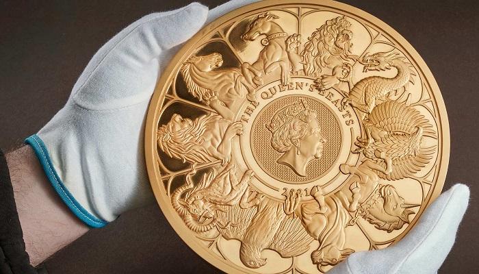 Reverso de la moneda de 10 kilos de oro de las Bestias de la Reina